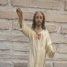 Antigüedades: TALLA DEL SAGRADO CORAZÓN DE JESÚS DE OLOT . Lote 194556960