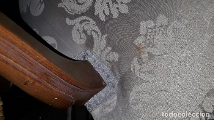 Antigüedades: Silla de rejilla antigua estilo Luis XV. Sillón antiguo. Silla descalzadora antigua vintage. - Foto 10 - 167980792