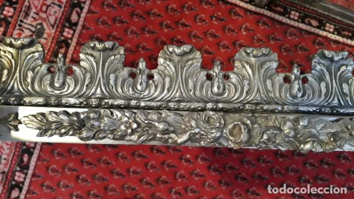 Antigüedades: Armario antiguo de metal repujado estilo Luis XVI. Armario antiguo metálico hierro espejos antiguos. - Foto 8 - 194537333