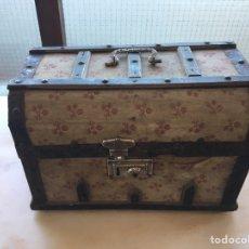 Antigüedades: ANTIGUO BAÚL PARA RESTAURAR. Lote 194560751
