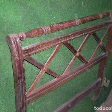 Antigüedades: CABECERO DE CAMA EN MADERA ,ANCHO 90CM X 93CM ALTURA. Lote 194566468
