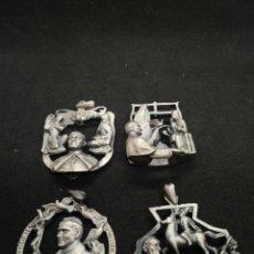 Antigüedades: COLGANTES DE PLATA DE JUAN DE AVALOS HOMENAJE AL PAPA JUAN PABLO II. Lote 194570336
