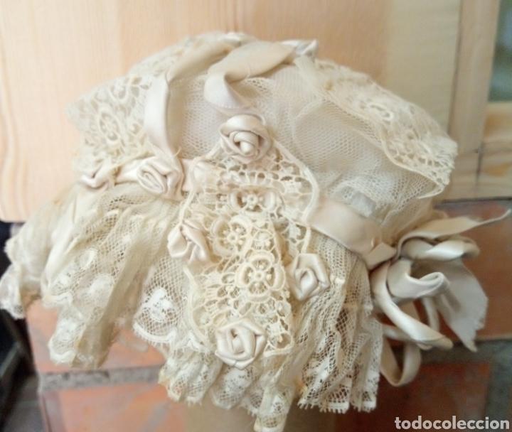 Antigüedades: Gorrito de acristianar. Ppios S. XX - Foto 4 - 194581113
