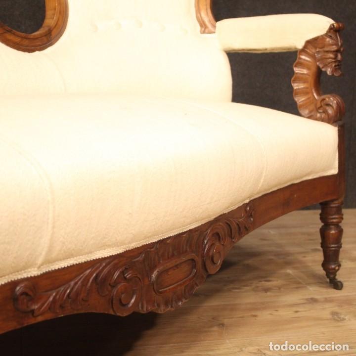 Antigüedades: Sofá italiano en madera de nogal del siglo XIX. - Foto 5 - 194588982
