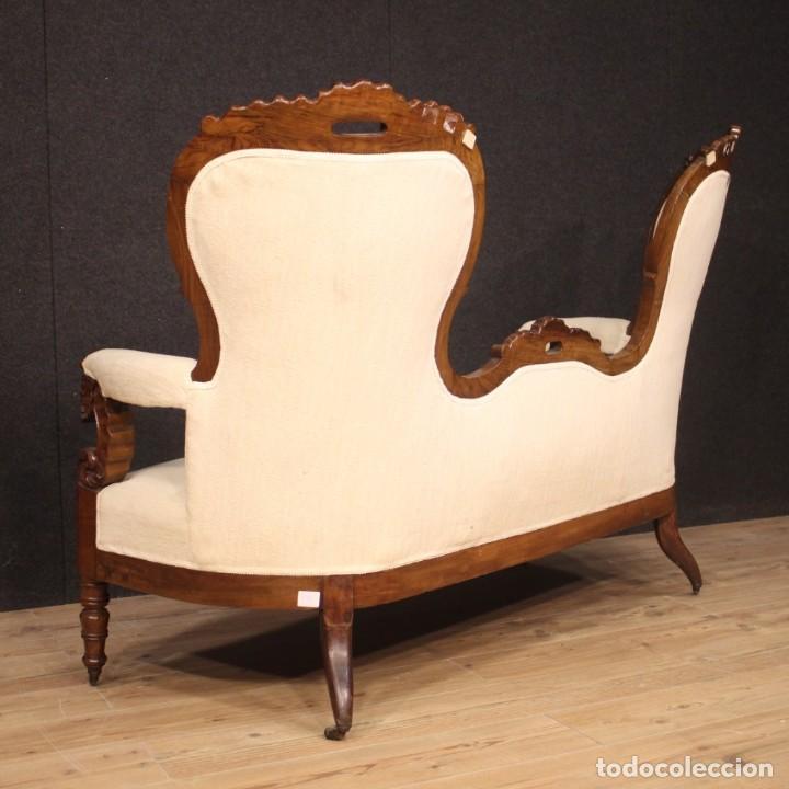 Antigüedades: Sofá italiano en madera de nogal del siglo XIX. - Foto 7 - 194588982