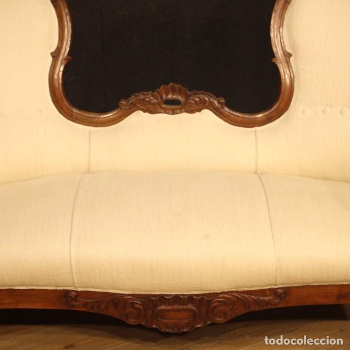 Antigüedades: Sofá italiano en madera de nogal del siglo XIX. - Foto 11 - 194588982