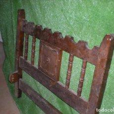 Antigüedades: CABECERO Y PIE DE CAMA EN MADERA DE NOGAL ,ANCHO 93CM X 85CM ALTURA. Lote 194593657