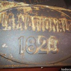 Antigüedades: PLACA HIERRO 20X30 LA NATIONALE 1920. Lote 194604633