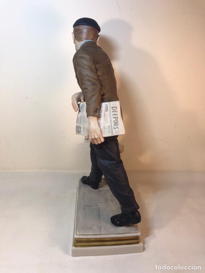 Antigüedades: Figura Porcelana- España- Algora - Vendedor de Periódicos (Oficios)- 29 cm - Foto 29 - 194605692