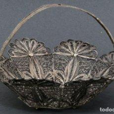 Antigüedades: CESTA EN FILIGRANA DE PLATA CORDOBESA SIGLO XX. Lote 194606403