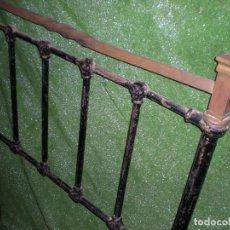 Antigüedades: CABECERO Y PIE DE CAMA METALICOS, ANCHO 90CM X 110CM ALTURA. Lote 194614145