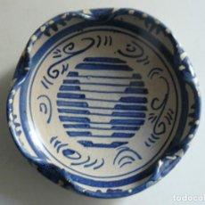 Antigüedades: CENICERO DE CERÁMICA DE TERUEL DE - DOMINGO PUNTER.. Lote 194621321