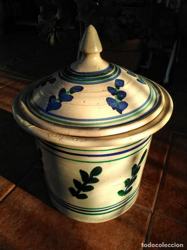 RECIPIENTE DE CERÁMICA ANTIGUA DE TRIANA (Antigüedades - Porcelanas y Cerámicas - Triana)