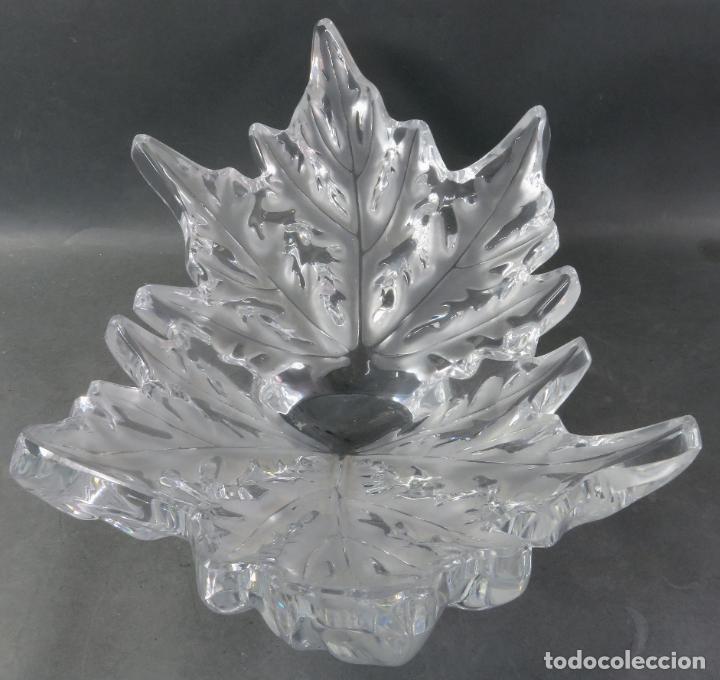 Antigüedades: Centro de mesa en vidrio brillo y mate Lalique reedición del modelo Champs Elysees hacia 1980 - Foto 3 - 194675981