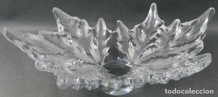 Antigüedades: Centro de mesa en vidrio brillo y mate Lalique reedición del modelo Champs Elysees hacia 1980 - Foto 4 - 194675981
