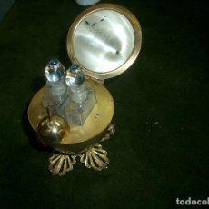 Antigüedades: ORIGINAL PERFUMERO CON FORMA DE HUEVO. Lote 194680495