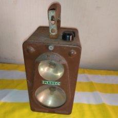 Antigüedades: ANTIGUO FAROL PASO DE TRENES. Lote 194684441