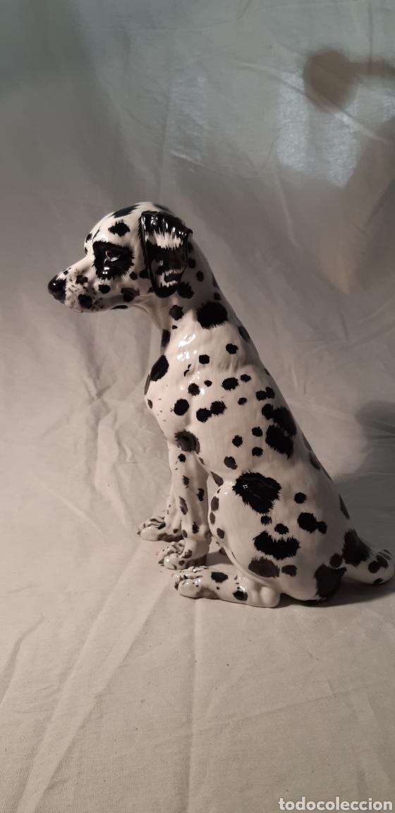 Antigüedades: Precioso perro Dalmata de porcelana , 22cm x 17cm firmado C.Martino - Foto 2 - 194684883