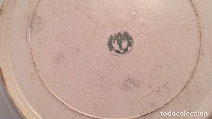 Antigüedades: MUY ANTIGUO PLATO DE PORCELANA DE LA CARTUJA DE SEVILLA - Foto 3 - 194687307