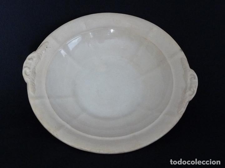 Antigüedades: Frutero o base de legumbrera blanca. - Foto 2 - 194688151
