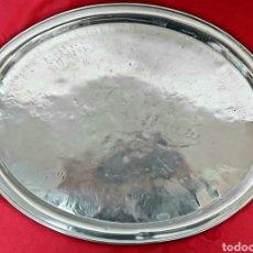 Antigüedades: ANTIGUA BANDEJA OVALADA CON SELLO DE BARCELONA MOSTANY LLOPART. Lote 194690910