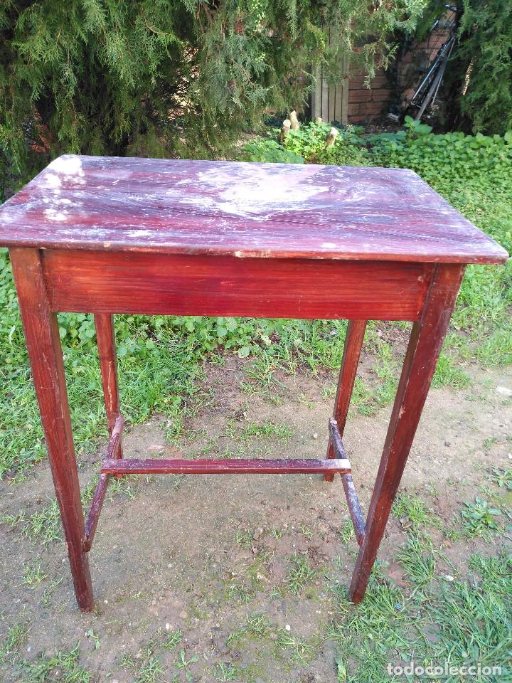 Antigüedades: Mesita pintado rojo - Foto 9 - 194710375