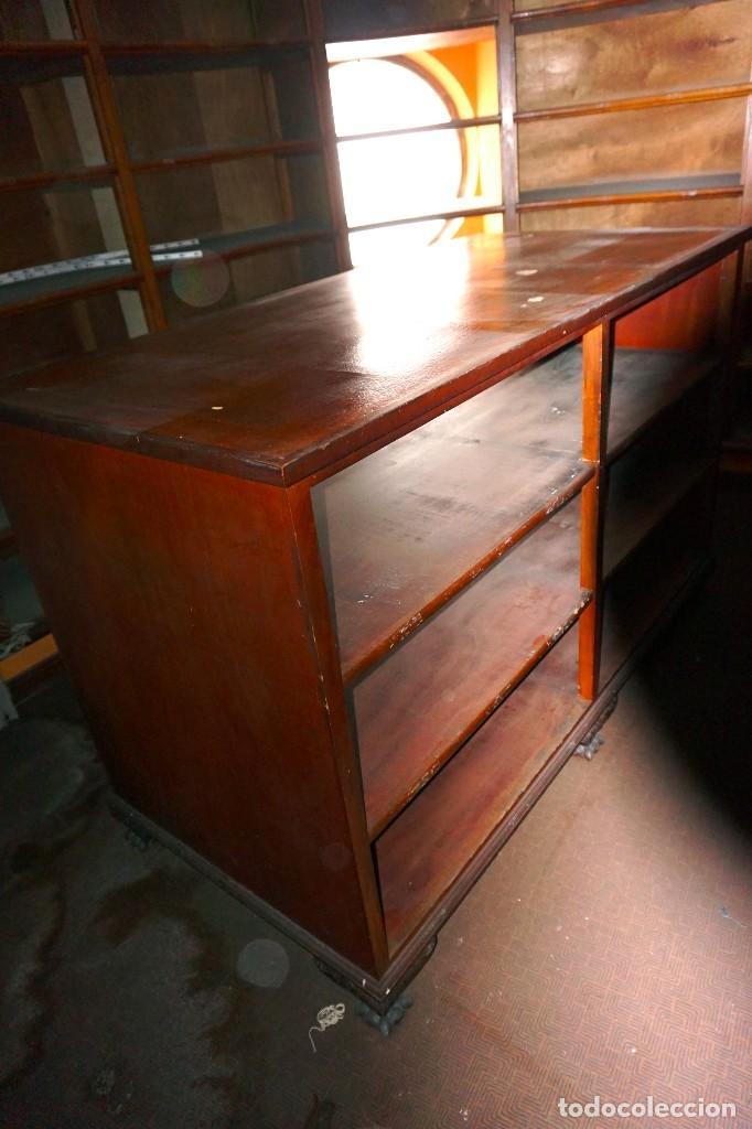 Antigüedades: Mesa de comercio vintage de madera tienda mostrador - Foto 3 - 194719842