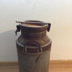 Antigüedades: LECHERA HIERRO 40L. Lote 194729291