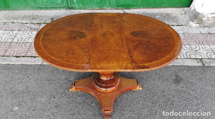 Antigüedades: Mesa de alas antigua superficie madera de raiz. Gran velador antiguo estilo victoriano inglés. - Foto 3 - 194736932