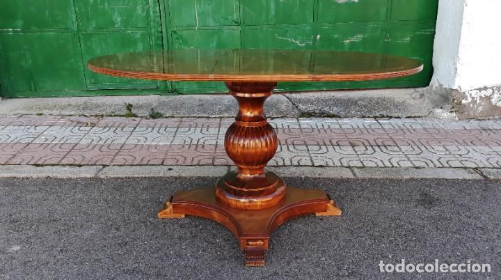 Antigüedades: Mesa de alas antigua superficie madera de raiz. Gran velador antiguo estilo victoriano inglés. - Foto 4 - 194736932