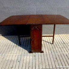 Antigüedades: MESA AUXILIAR CON ALAS,SUMMERLANDS.AÑO 1960.. Lote 194738388