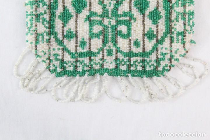 Antigüedades: Bolso años 1910 en cristal de cuentas bordado a mano, mostacillas embroidery beads. - Foto 2 - 194756827