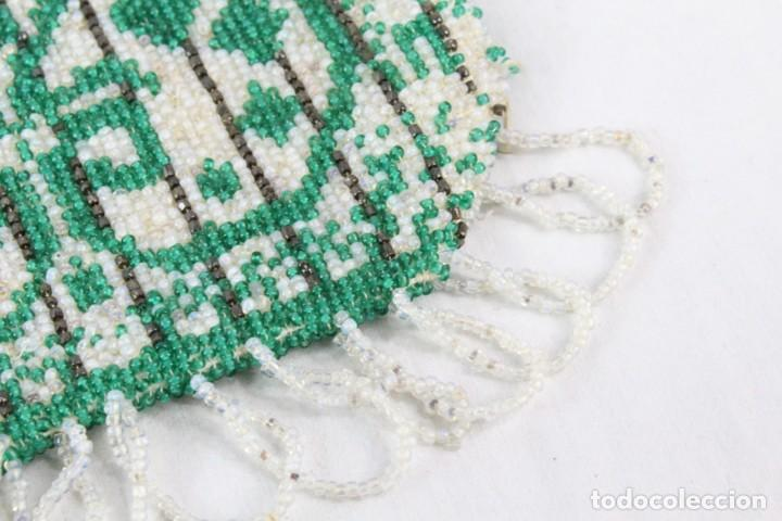Antigüedades: Bolso años 1910 en cristal de cuentas bordado a mano, mostacillas embroidery beads. - Foto 3 - 194756827