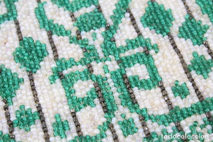 Antigüedades: Bolso años 1910 en cristal de cuentas bordado a mano, mostacillas embroidery beads. - Foto 4 - 194756827