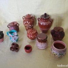 Antigüedades: LOTE DE 11 PIEZAS DE BARRO, TARROS Y OTROS, HECHOS Y PINTADOS A MANO, VARIOS TAMAÑOS. Lote 194760852