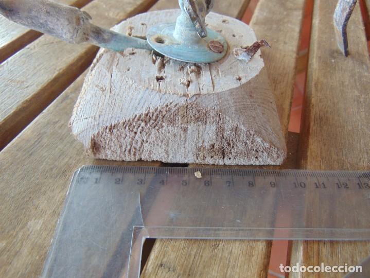 Antigüedades: ANTIGUO Y RARO GRIFO O DUCHA CON MADERA PARA ENCASTRAR EN PARED Y GARRAS QUITA-CIMBRE METAL MADERA - Foto 16 - 194765728