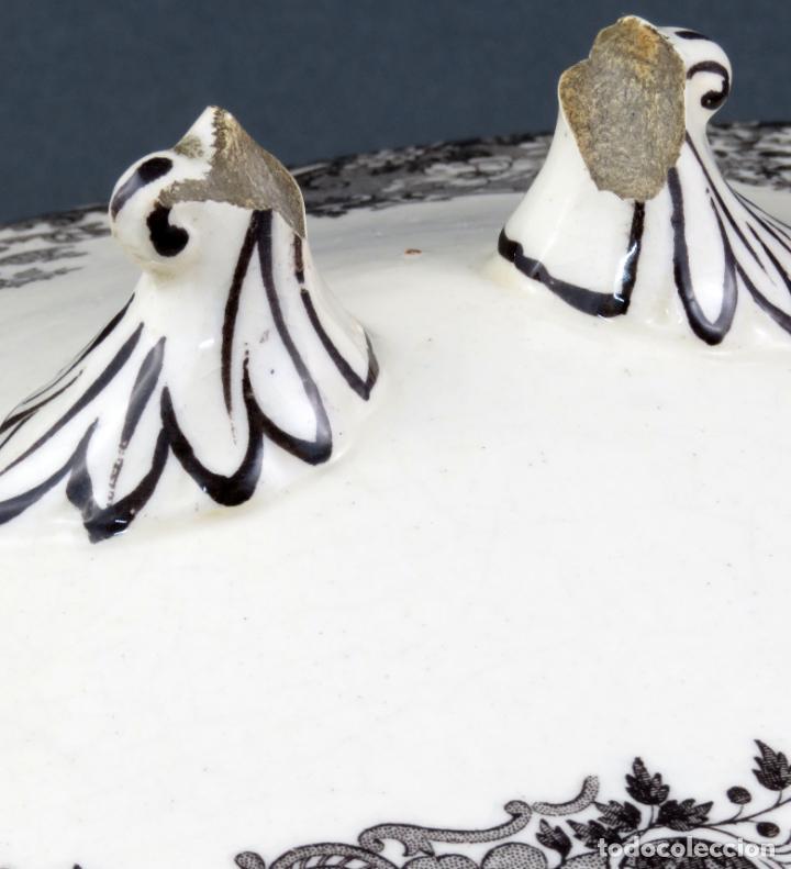 Antigüedades: Sopera de fuente en loza esmaltada La Cartuja Pickman siglo XX - Foto 3 - 194766070