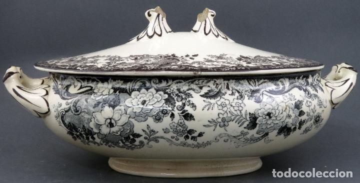 Antigüedades: Sopera de fuente en loza esmaltada La Cartuja Pickman siglo XX - Foto 4 - 194766070