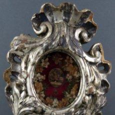 Antigüedades: RELICARIO ITALIANO EN MADERA TALLADA Y PLATA CORLADA RELIQUIAS SANTA TERESA SIGLO XVIII. Lote 194777205