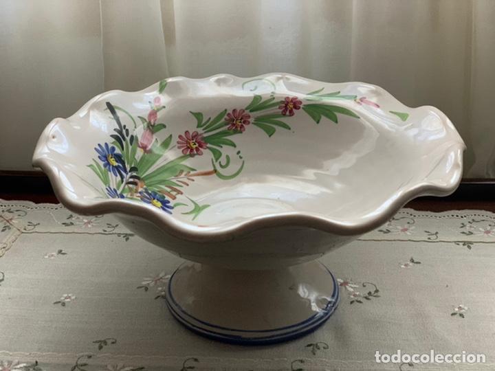 FRUTERO DE CERÁMICA LORQUINA DE LARIO. (Antigüedades - Porcelanas y Cerámicas - Lario)