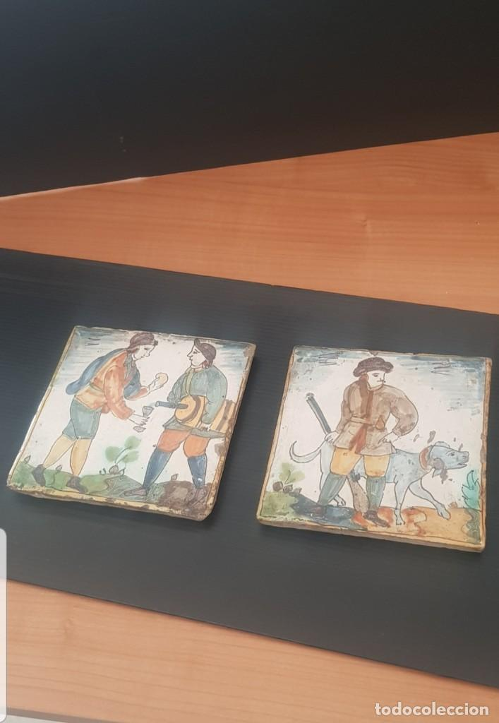LOTE DE 2 AZULEJOS CATALANES SIGLOS XVIII XIX MOTIVOS MUY RAROS BUEN ESTADO ALTA COLECCIÓN (Antigüedades - Porcelanas y Cerámicas - Catalana)