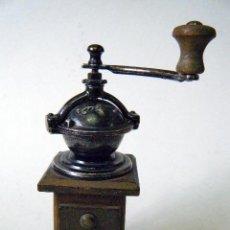 Antigüedades: MOLINILLO ESPECIAS PIMIENTA. Lote 194862377