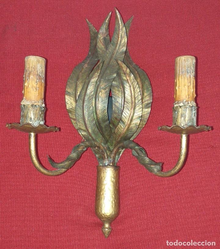 APLIQUE DE PARED DE HIERRO (Antigüedades - Iluminación - Apliques Antiguos)