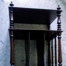 Antigüedades: MUEBLE ANTIGUO ESTILO INGLÉS LIBRERÍA. Lote 194866833