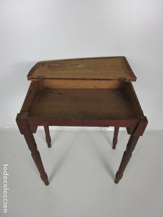 Antigüedades: Pequeño Pupitre Antiguo - para Niño/ña - Madera - Patas Torneadas - Principios S. XX - Foto 4 - 194871358