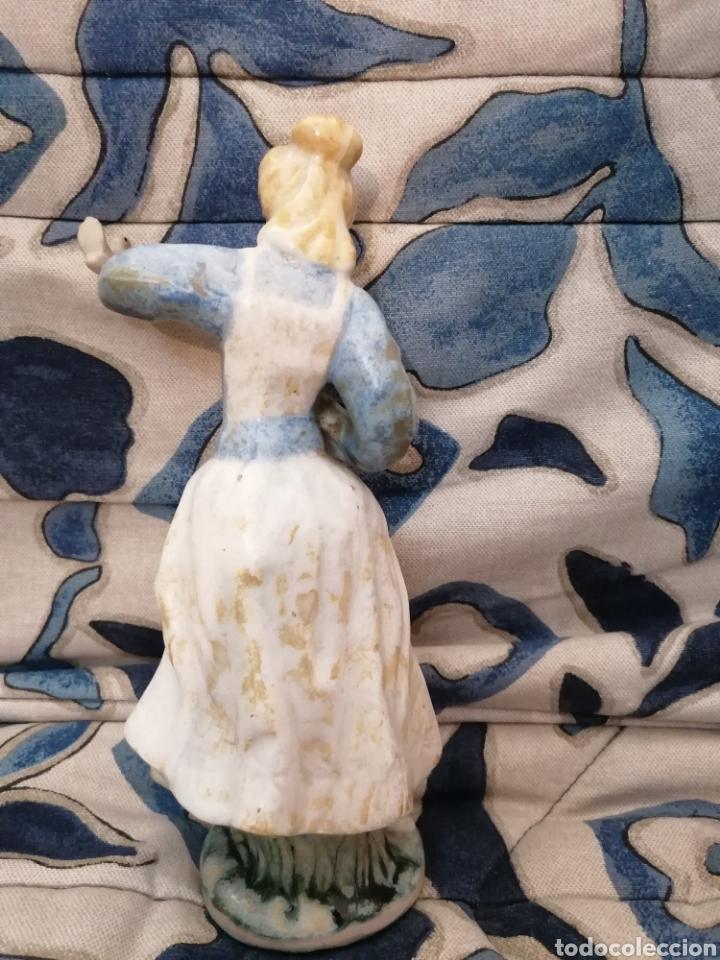 Antigüedades: Preciosa figura mujer y palomas arte Levantino, 60s - Foto 5 - 194880856