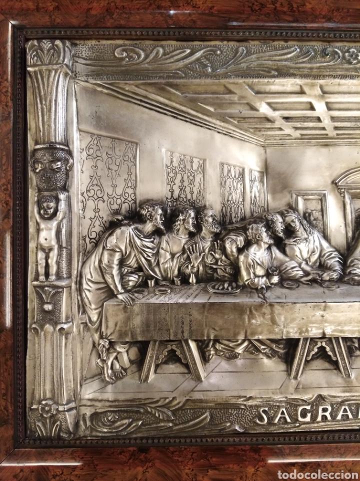 Antigüedades: Cuadro de la Sagrada Cena en relieve. - Foto 5 - 194882477