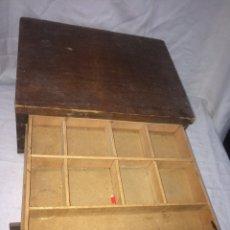 Antigüedades: ANTIGUO MUEBLE DE CAJONES(DE IMPRENTA). Lote 194883797