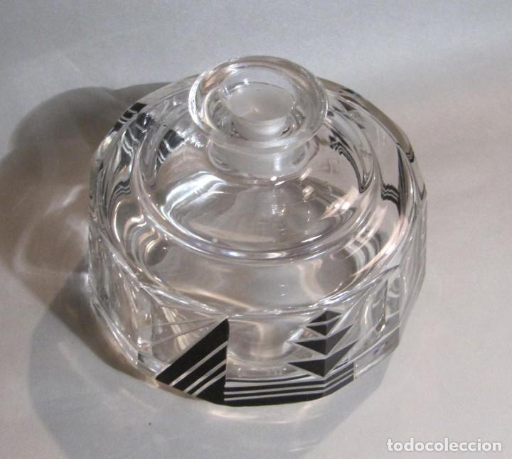 Antigüedades: Juego de tocador dos perfumeros de cristal art deco años 30 - Foto 3 - 194884837