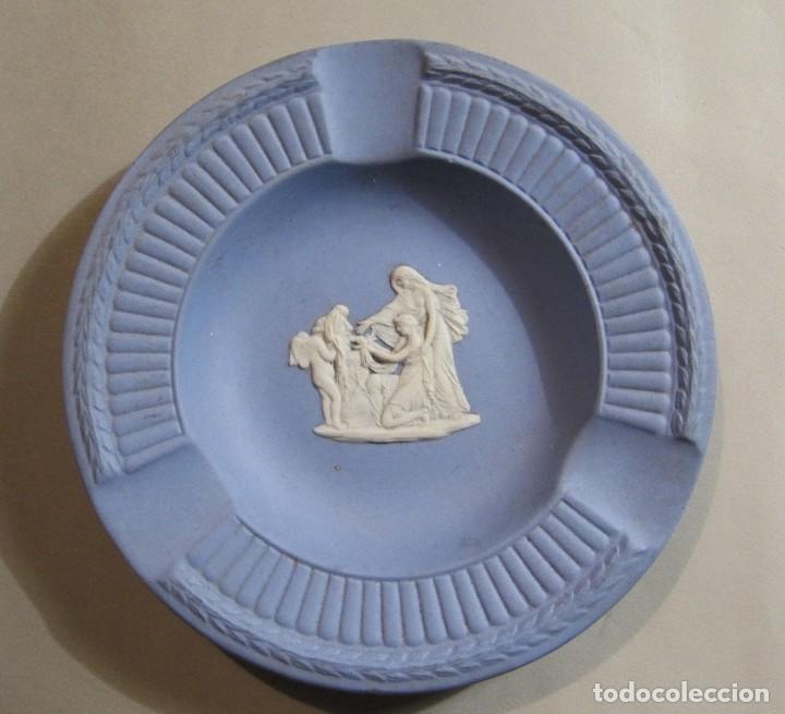 CENICERO DE PORCELANA WEDGWOOD INGLESA (Antigüedades - Porcelanas y Cerámicas - Inglesa, Bristol y Otros)
